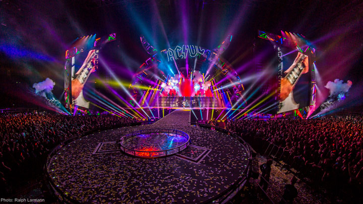 AC/DC Stage lighting designed by Lighting Designers Patrick Woodroffe and Cosmo Wilson