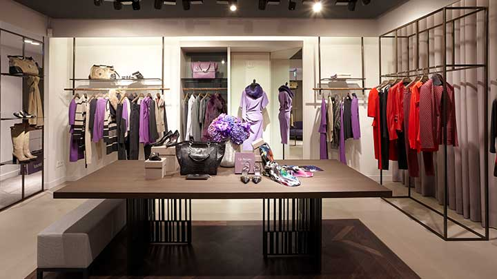 Philips Lighting's PerfectScene sales area provides superb light for fashion boutiques and other retail environments